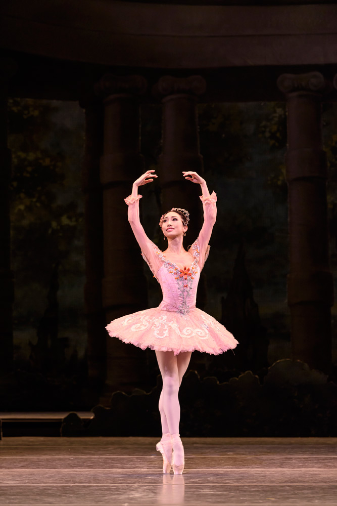 Akane Takada in The Sleeping Beauty.© Bill Cooper, courtesy the Royal Opera House. (Click image for larger version)