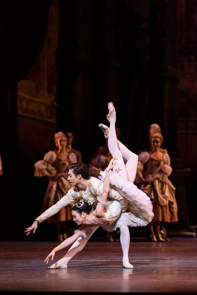 Akane Takada and James Hay in The Sleeping Beauty.© Bill Cooper, courtesy the Royal Opera House. (Click image for larger version)