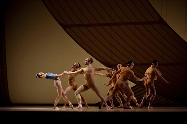 San Francisco Ballet in Bubeníček's <I>Fragile Vessels</I>.<br />© Erik Tomasson. (Click image for larger version)