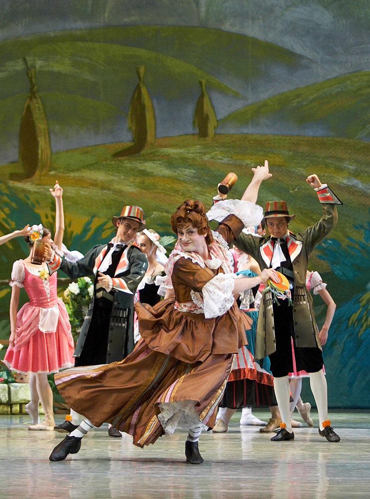 Alexander Kuiimov in La Fille mal gardée.© Russian State Ballet of Siberia. (Click image for larger version)