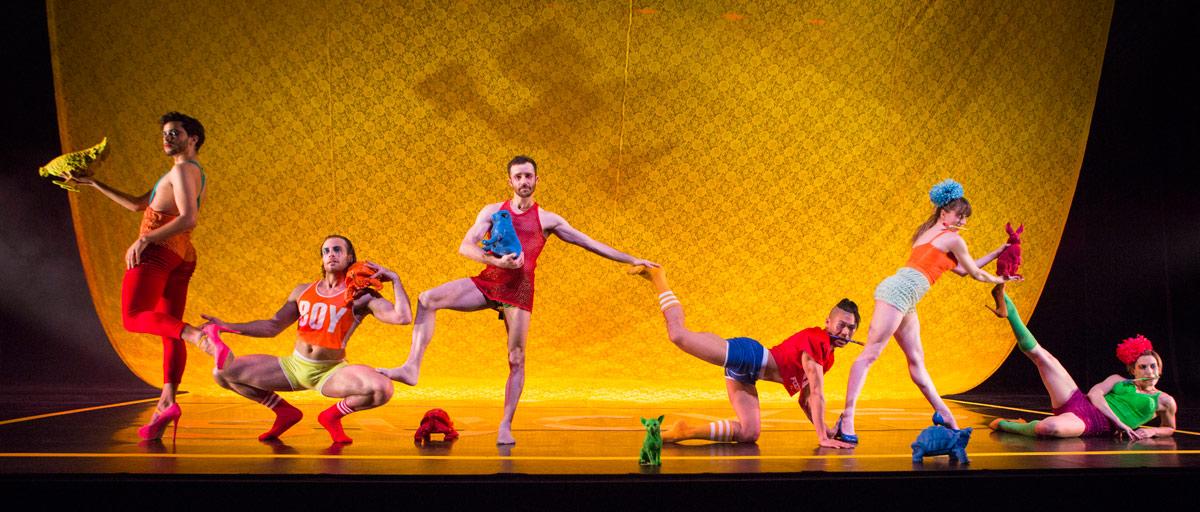 BODYTRAFFIC in <I>Death Defying Dances</I> by Arthur Pita.<br />© Yi-Chun Wu. (Click image for larger version)