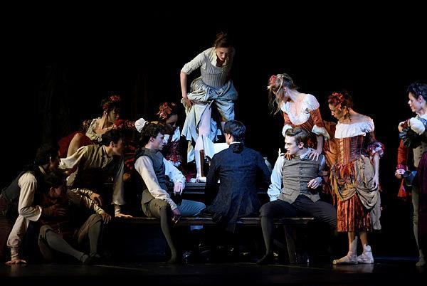 San Francisco Ballet in Scarlett's Frankenstein.© Erik Tomasson.