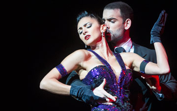 Gisela Galeassi and Germán Cornejo in Germán Cornejo's Tango Fire.© Foteini Christofilopoulou. (Click image for larger version)