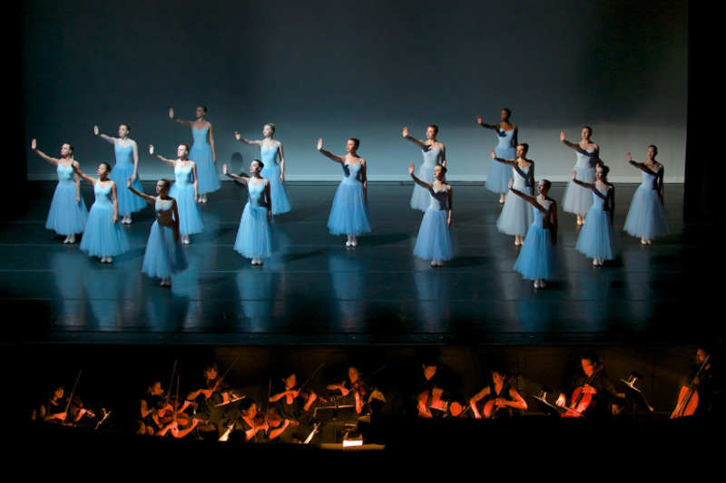 In 2014 Robert and Virginia Barnett staged Balanchine's Serenade for Greensboro Ballet. Atlanta Ballet dancers performed the principal roles.© Lynn Donovan. (Click image for larger version)