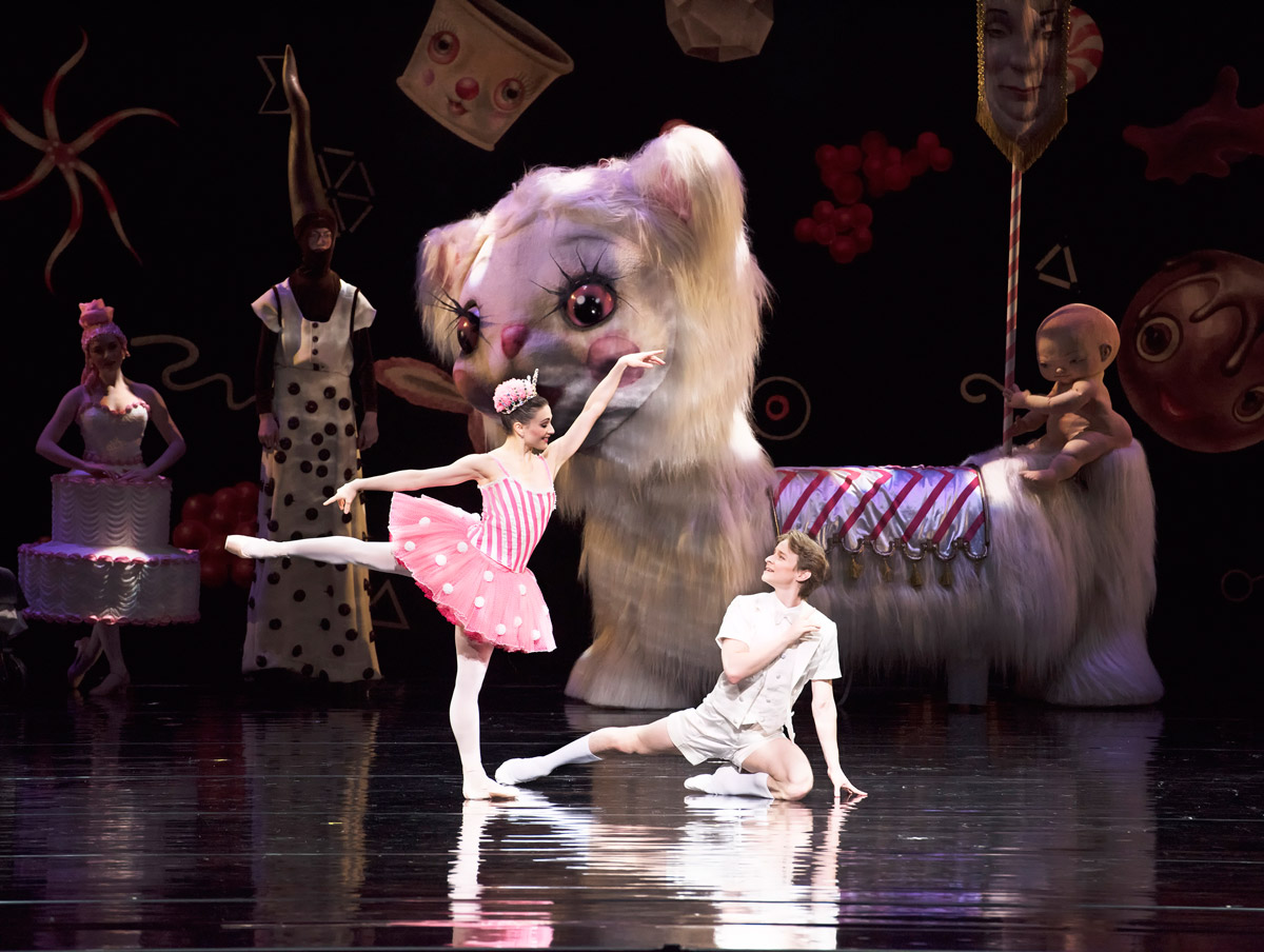 Sarah Lane and Daniil Simkin in Ratmansky's Whipped Cream.© Gene Schiavone. (Click image for larger version)