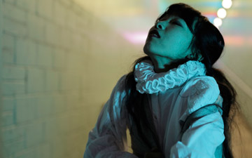 Chihiro Kawaski in Rosalind publicity image.© David Foulkes. (Click image for larger version)