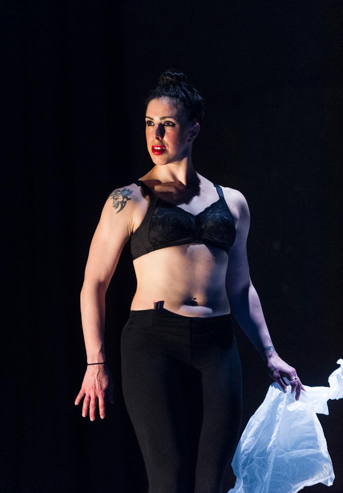 Keren Rosenberg in <I>Gender Fuck(er)</I>.<br />© Foteini Christofilopoulou. (Click image for larger version)