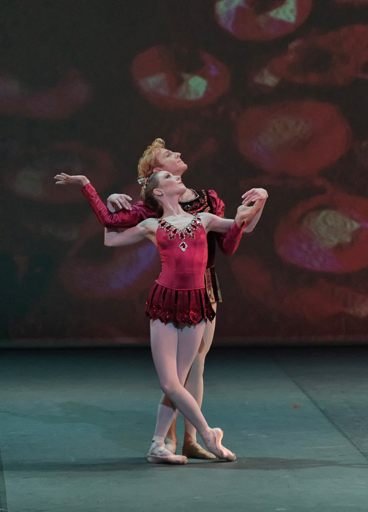 Sarah Lamb and Steven McRae in Rubies.© Marc Haegeman. (Click image for larger version)