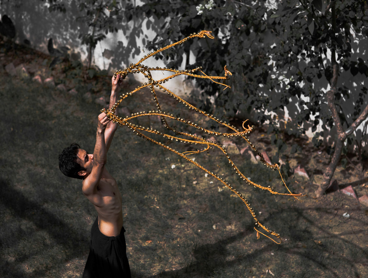 Aakash Odedra in Echoes.© Nirvair Singh. (Click image for larger version)
