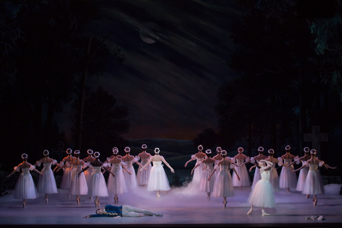 Washington Ballet in <I>Giselle</I>.<br />© Theo Kossenas Media 4 Artists. (Click image for larger version)