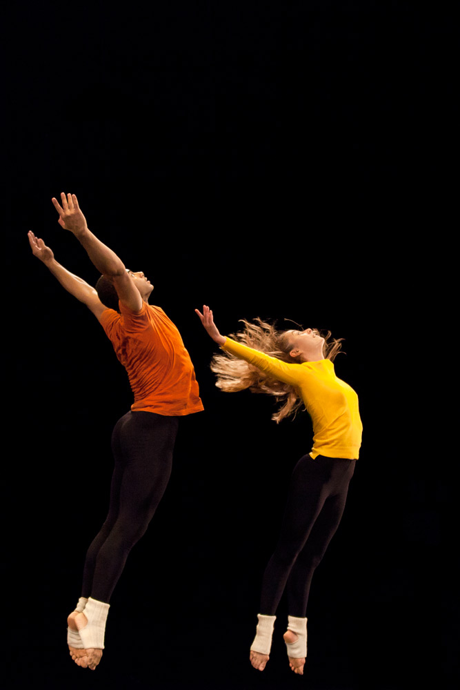 Adrien Mornet and Anna Chirescu in How to Pass, Kick, Fall and Run.© Charlotte Audureau. (Click image for larger version)