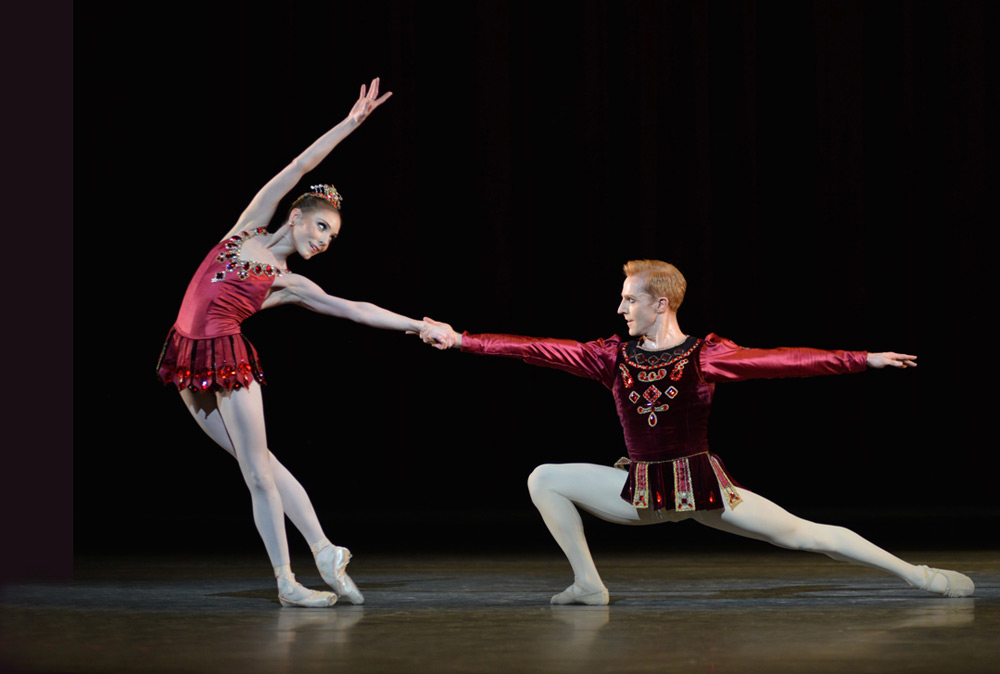 Sarah Lamb and Steven McRae in Rubies.© Dave Morgan, courtesy the Royal Opera House. (Click image for larger version)