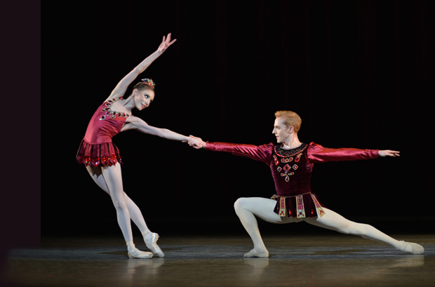 Sarah Lamb and Steven McRae in <I>Rubies</I>.<br />© Dave Morgan, courtesy the Royal Opera House. (Click image for larger version)