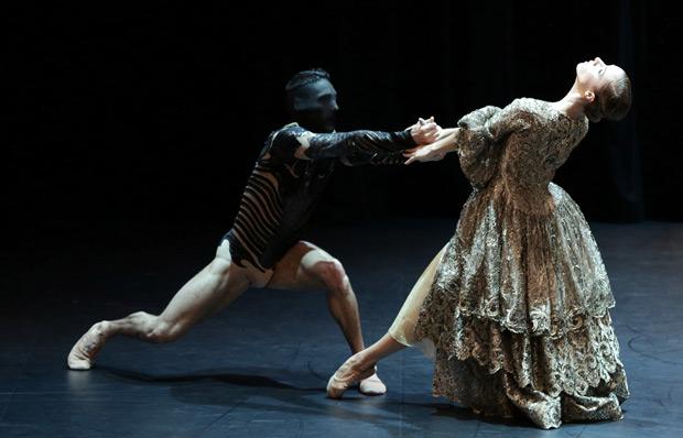 Malandain Ballet Biarritz in <I>La Belle et la Bete</I>.<br />© Olivier Houeix. (Click image for larger version)