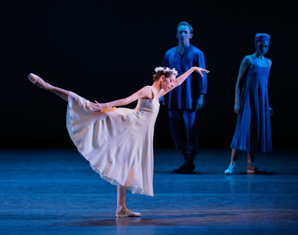 Rebecca Krohn in <I>Russian Seasons</I>.<br />© Paul Kolnik. (Click image for larger version)