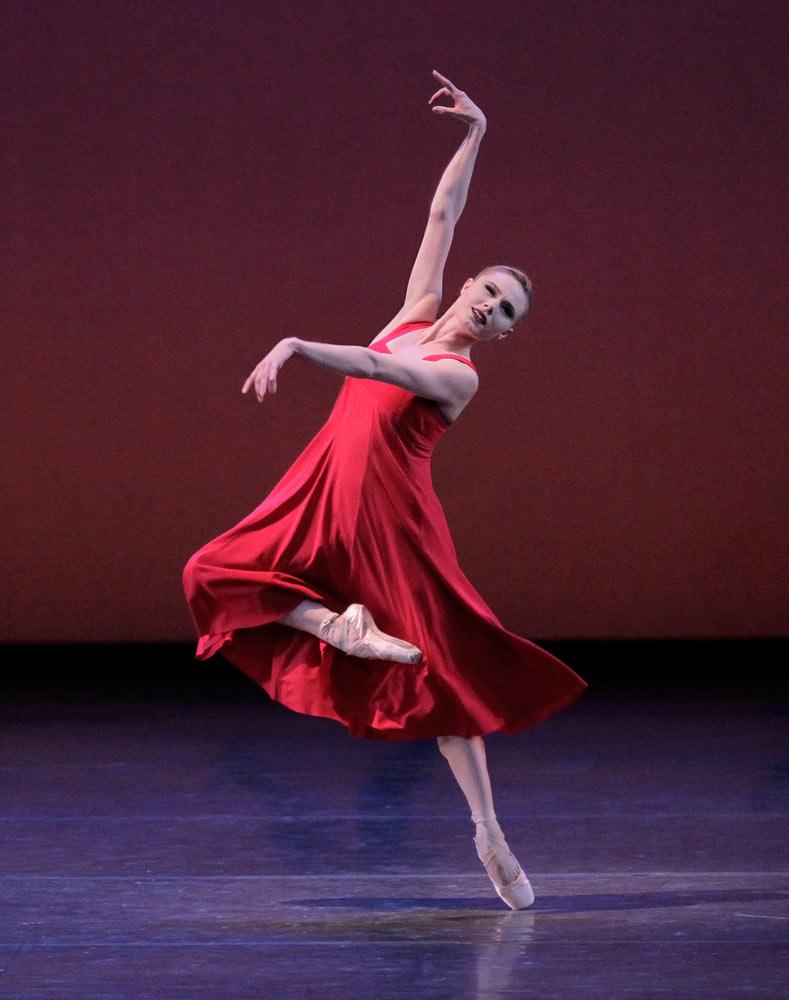 Sara Mearns in <I>Russian Seasons</I>.<br />© Paul Kolnik. (Click image for larger version)