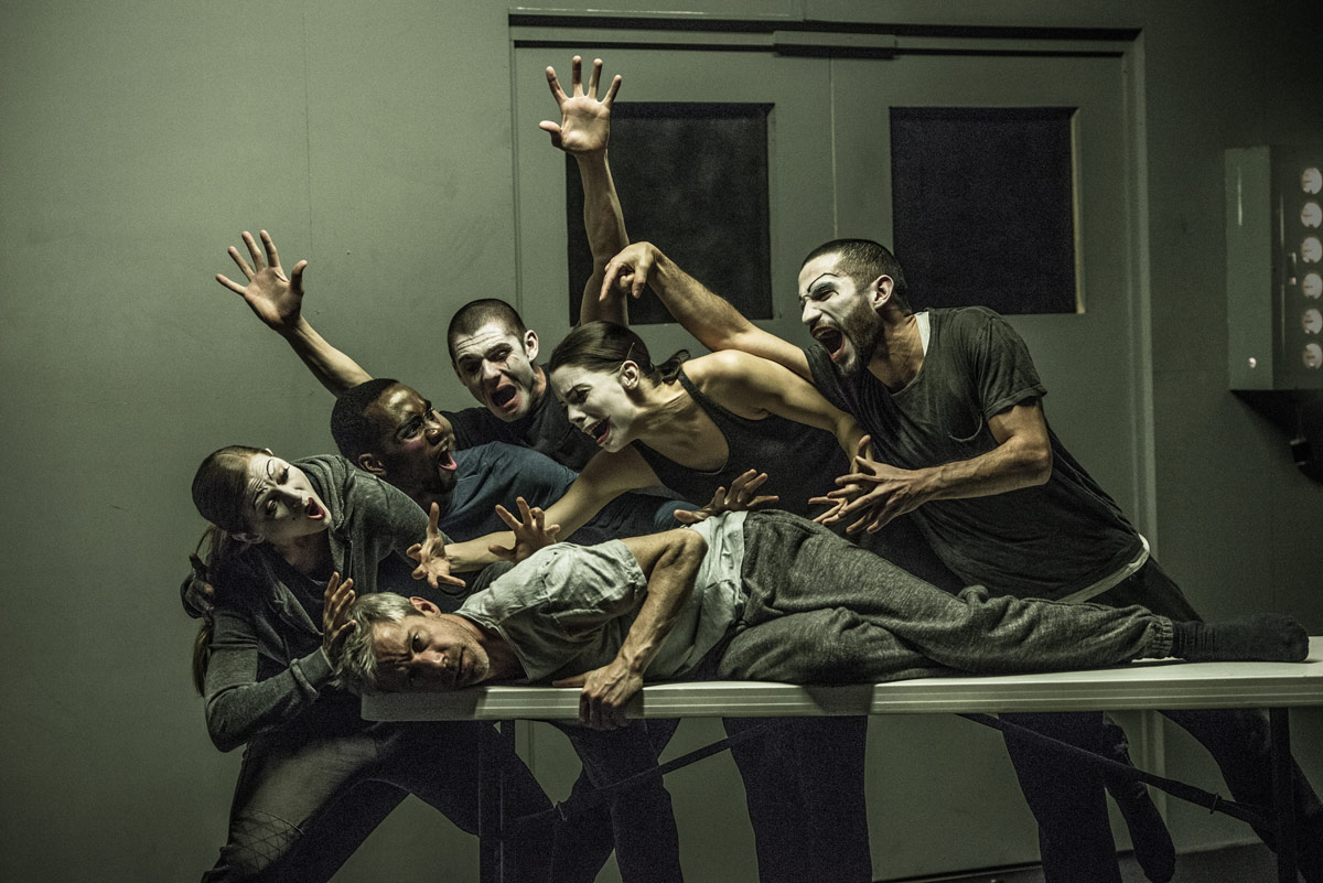 Crystal Pite and Jonathon Young's Betroffenheit.© Wendy D Photography. (Click image for larger version)