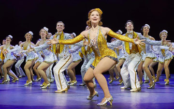 Clare Halse and the company of 42nd Street.© Brinkhoff & Moegenburg. (Click image for larger version)