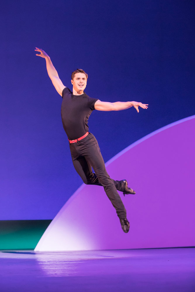 Ashley Day in <I>An American in Paris</I>.<br />© Johan Persson. (Click image for larger version)