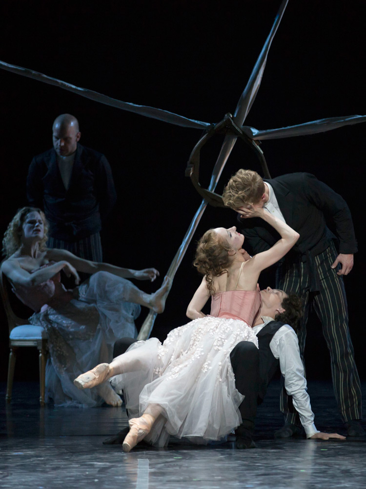 Kizzy Matiakis (Merteuil), Jon Axel Fransson (Valmont) and Andreas Kaas (Danceny) in Dangerous Liaisons.© Costin Radu. (Click image for larger version)