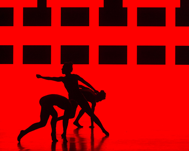 Alexander Whitley Dance Company in <I>8 Minutes</I>.<br />© Foteini Christofilopoulou. (Click image for larger version)