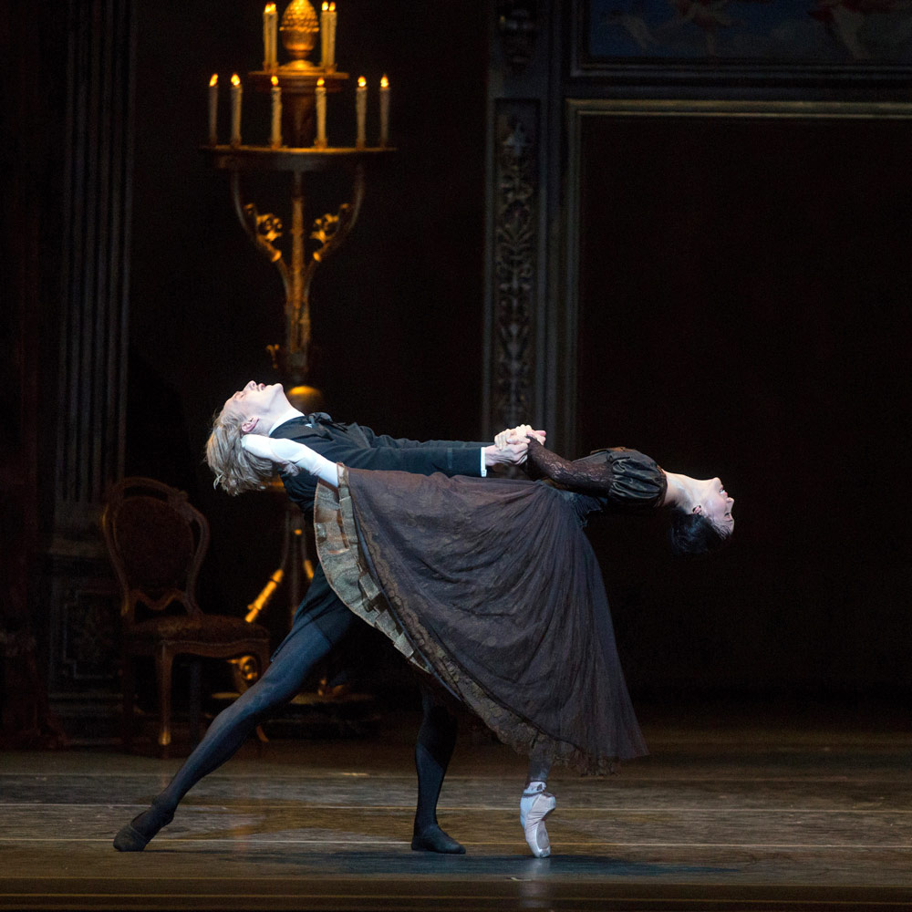 Hee Seo and David Hallberg in Onegin.© Rosalie O'Connor. (Click image for larger version)