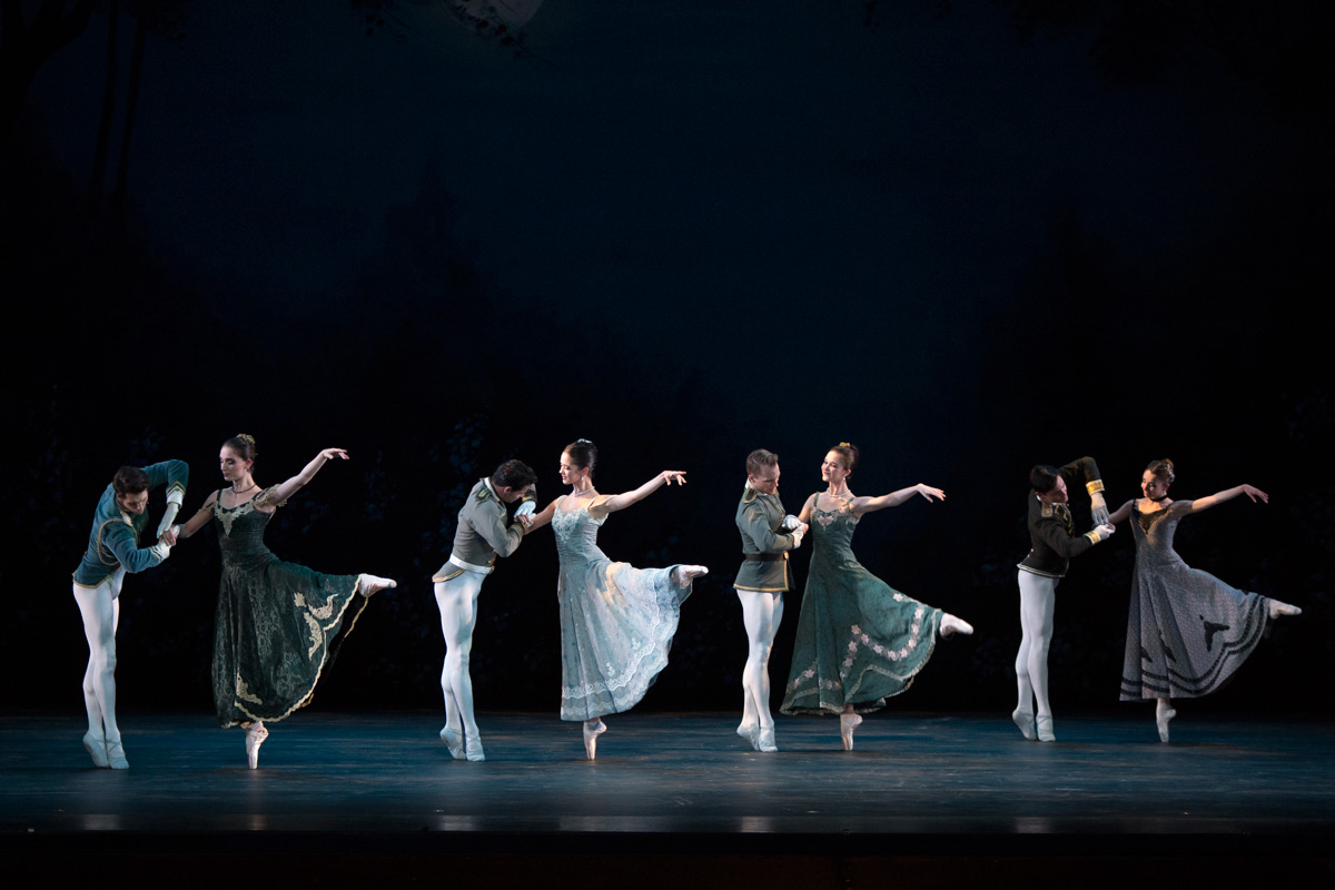 Washington Ballet in Antony Tudor's Lilac Garden.© Theo Kossenas Media 4 Artists. (Click image for larger version)