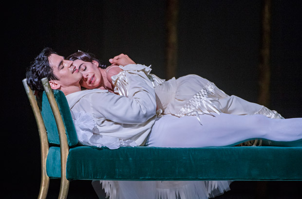 Alessandra Ferri and Federico Bonelli in <I>Marguerite and Armand</I>.<br />© Tristram Kenton, courtesy the Royal Opera House. (Click image for larger version)