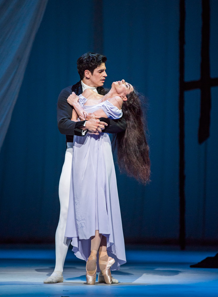 Alessandra Ferri and Federico Bonelli in Marguerite and Armand.© Tristram Kenton, courtesy the Royal Opera House. (Click image for larger version)