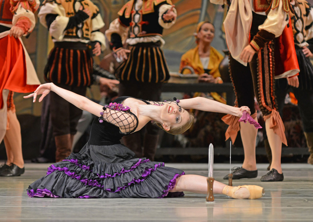 Ekaterina Chebykina in Don Quixote.© Dave Morgan. (Click image for larger version)