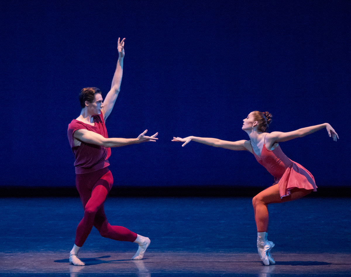 Unity Phelan and Aaron Sanz in Fearful Symmetries.© Paul Kolnik. (Click image for larger version)