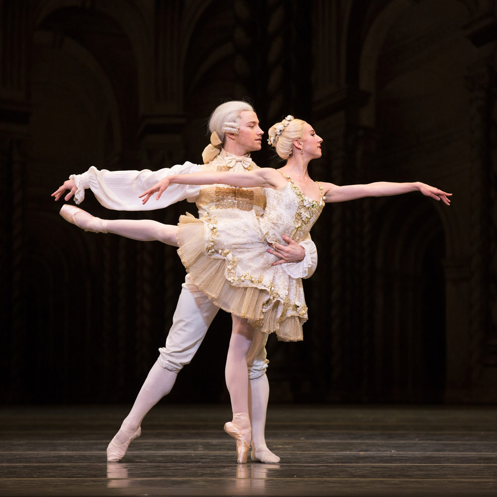 Isabella Boylston and Alban Lendorf in Aurora's Wedding.© Rosalie O'Connor. (Click image for larger version)