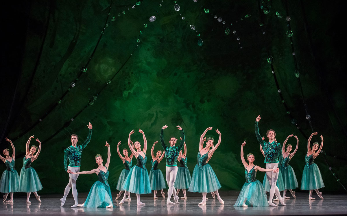 Paris Opera Ballet in Emeralds.© Stephanie Berger. (Click image for larger version)Jewels, choreography by George Balanchine, ©The George Balanchine Trust.