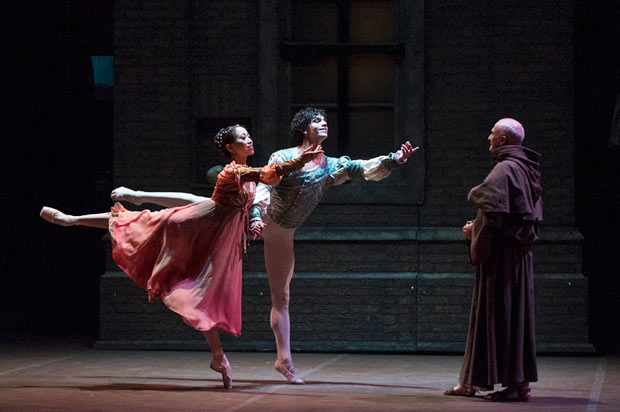 Erina Takahashi, Isaac Hernández and Grant Rae in <I>Romeo & Juliet</I>.<br />© Foteini Christofilopoulou. (Click image for larger version)