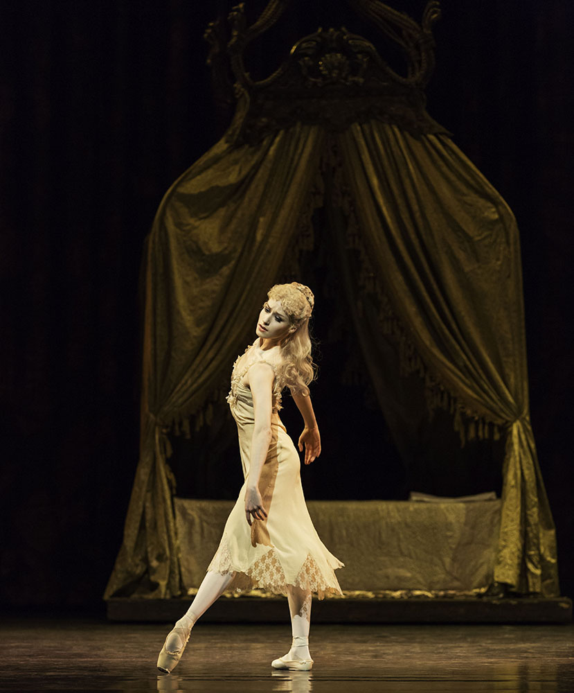 Emma Maguire in Mayerling.© Johan Persson, courtesy the Royal Opera House. (Click image for larger version)