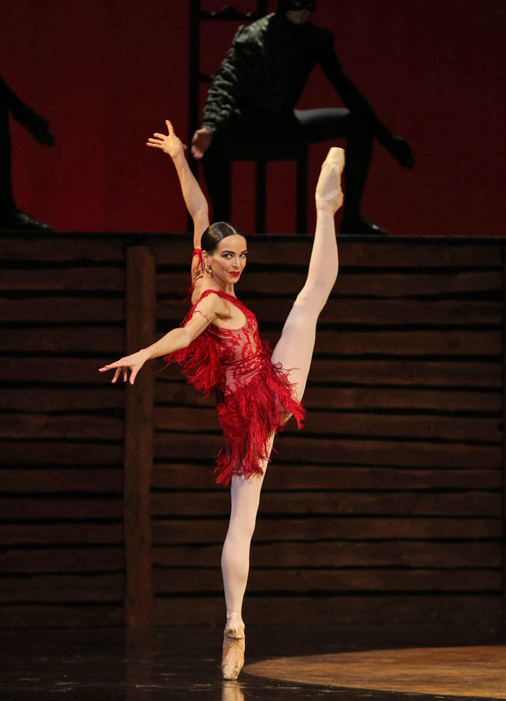 Diana Vishneva in Carmen Suite.© Natasha Razina. (Click image for larger version)