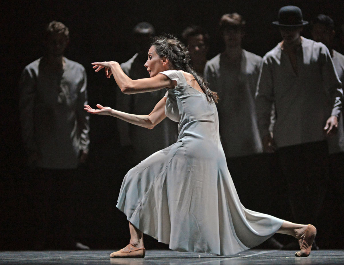 Tamara Rojo in Akram Khan's Giselle.© Dave Morgan. (Click image for larger version)