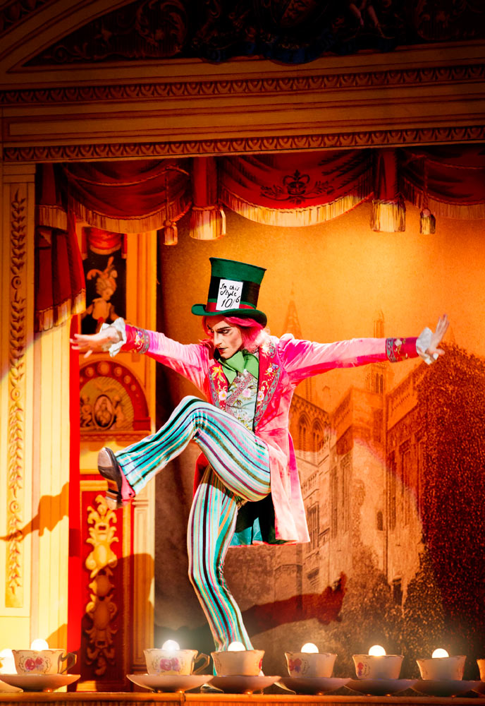 Steven McRae in Alice's Adventures in Wonderland.© Johan Persson, courtesy the Royal Opera House. (Click image for larger version)