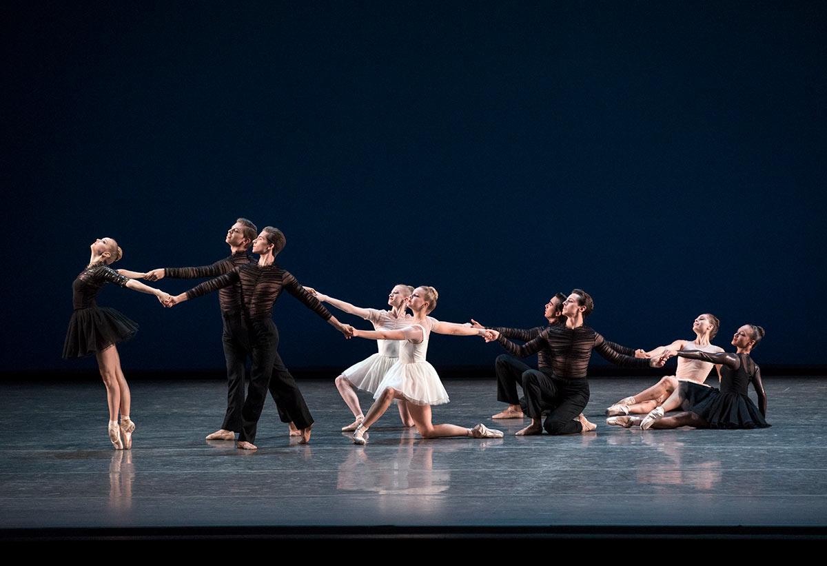 New York City Ballet in Gianna Reisen's <I>Composer's Holiday</I>.<br />© Paul Kolnik. (Click image for larger version)