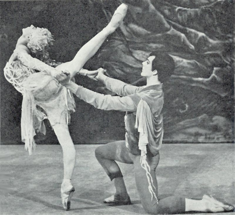 Svetlana Beriosova and Donald MacLeary in the 1960 Le Baiser de la fée. Photo by Donald Southern. From the June 1960 edition of Dance and Dancers magazine which featured extensive coverage of the Le Baiser de la fée premiere on 12 April that year.