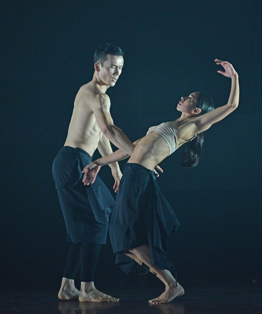 James Pett and Fukiko Takase in Autobiography.© Dave Morgan. (Click image for larger version)