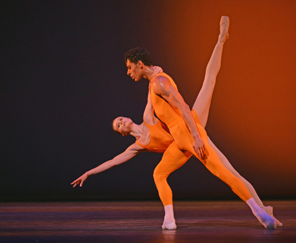 Birmingham Royal Ballet's Jenna Roberts and Tyrone Singleton in <I>Concerto</I>.<br />© Dave Morgan, courtesy the Royal Opera House. (Click image for larger version)