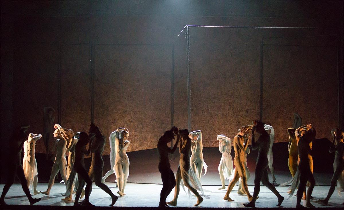 Northern Ballet in Gloria.© Emma Kauldhar. (Click image for larger version)