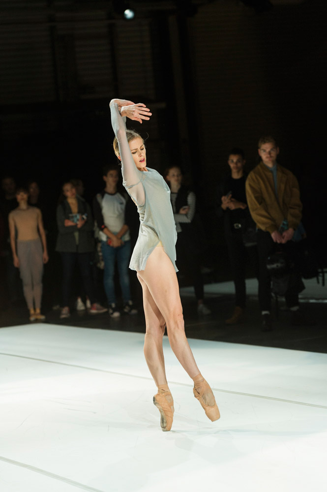 Heather Ogden in The Dreamers Ever Leave You.© Foteini Christofilopoulou, courtesy the Royal Opera House. (Click image for larger version)