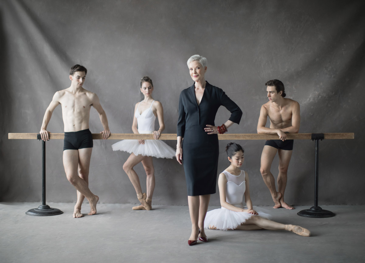 Karen Kain with Spencer Hack, Tiffany Mosher, Miyoko Koyasu and Fracesco Gabriele Frola.© Karolina Kuras. (Click image for larger version)