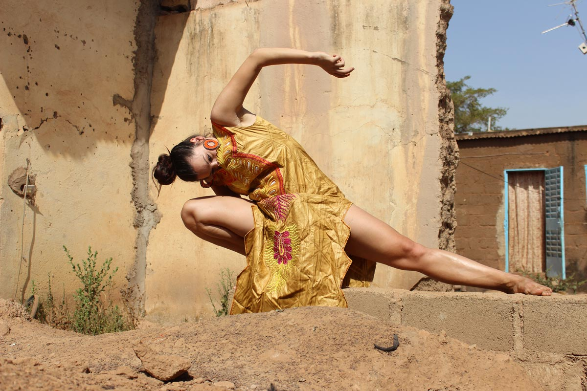 Avatara Ayuso in Burkina Faso.© Margo Tamize. (Click image for larger version)