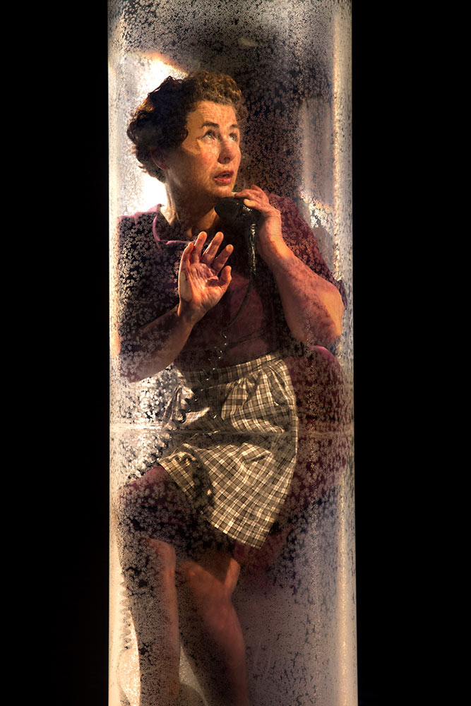 Clod Ensemble's Under Glass.© Manuel Vason. (Click image for larger version)
