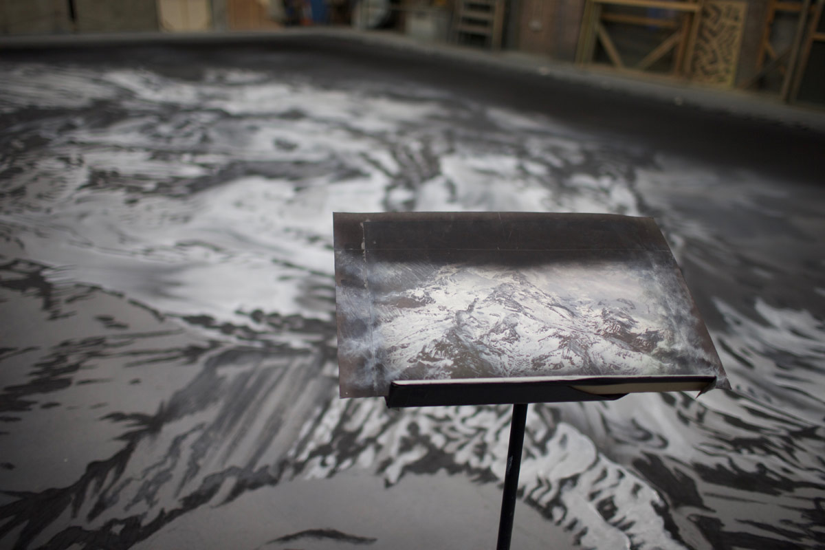 The Fairy's Kiss backdrop being painted.© Scottish Ballet. (Click image for larger version)