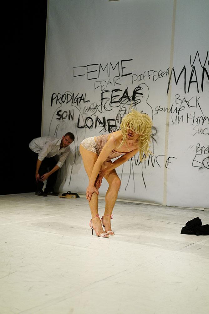 Vincent Dance Theatre in Shut Down.© Bosie Vincent. (Click image for larger version)