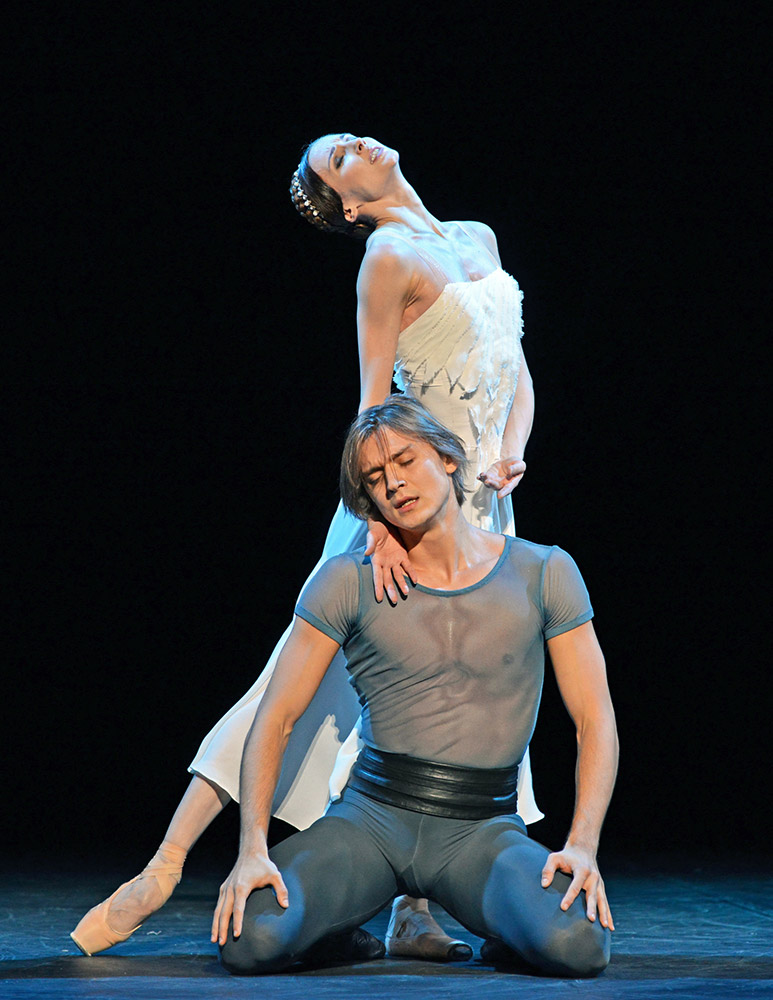 Svetlana Zakharova and Denis Rodkin in Francesca da Rimini.© Dave Morgan. (Click image for larger version)